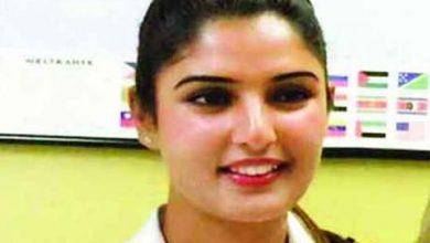 Photo of প্রথম কাশ্মীরি নারী পাইলট ইরাম হাবিব