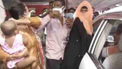 Photo of প্রবাসী এক স্বামীর যখন ২ বউ (ভিডিও)